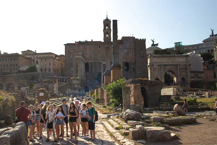 Exploring the ruins of Rome